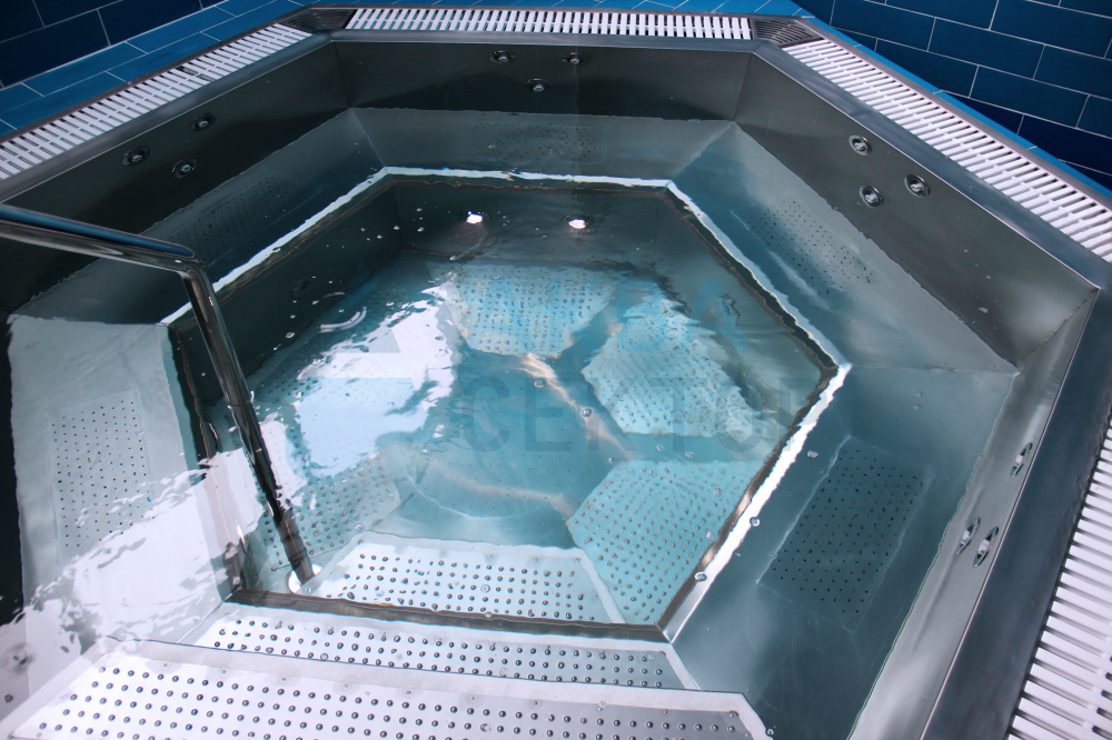 Hydro Massage Tub (SPA)  for 6 people