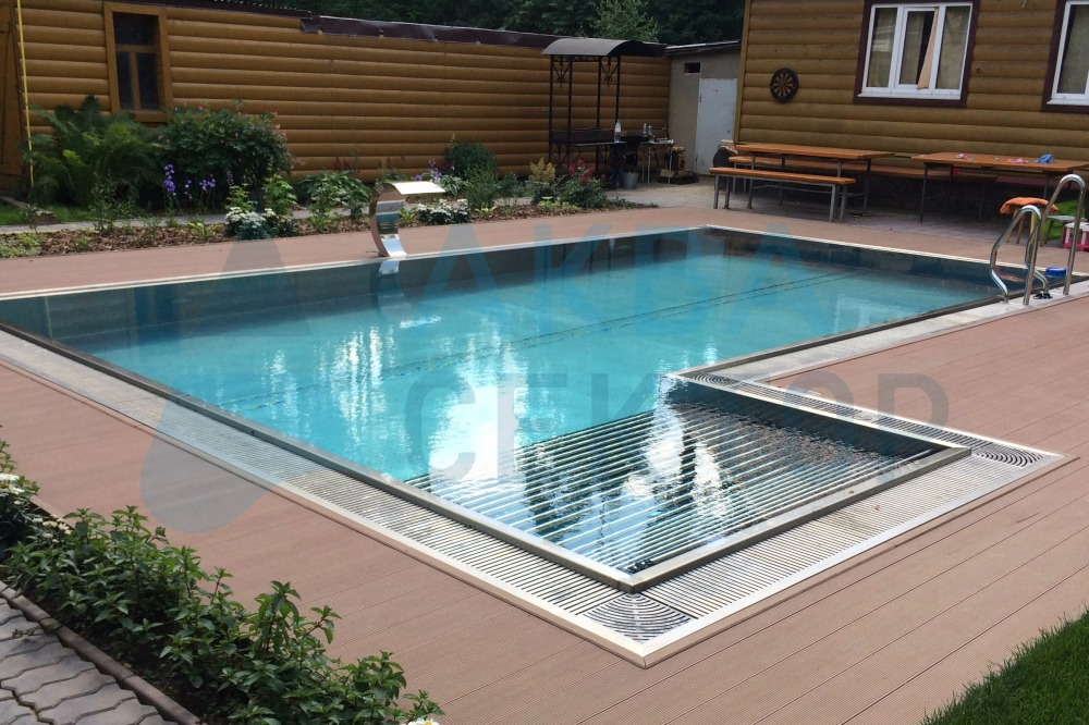 Outdoor overflow pool  8х4